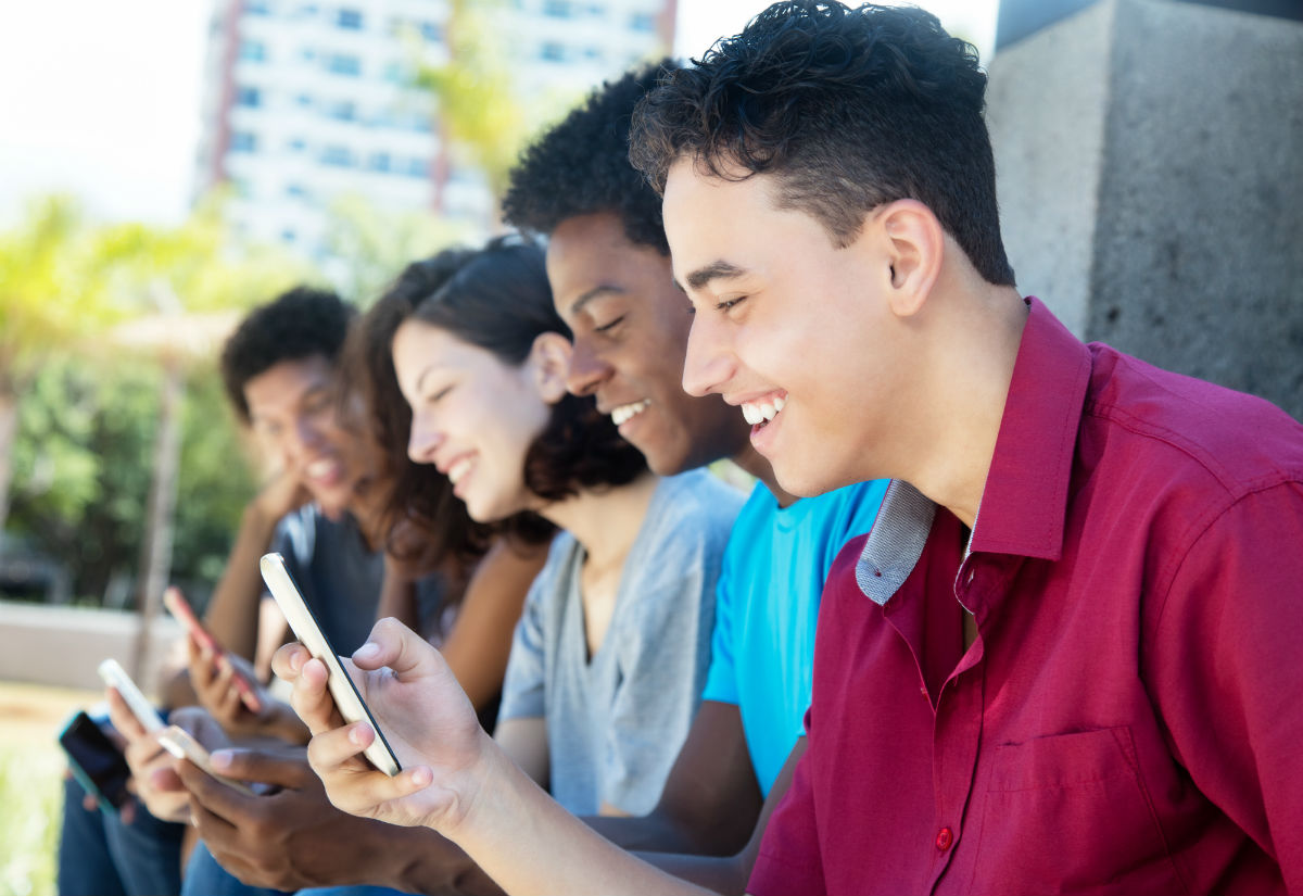 U.S. Hispanics and mobile growth